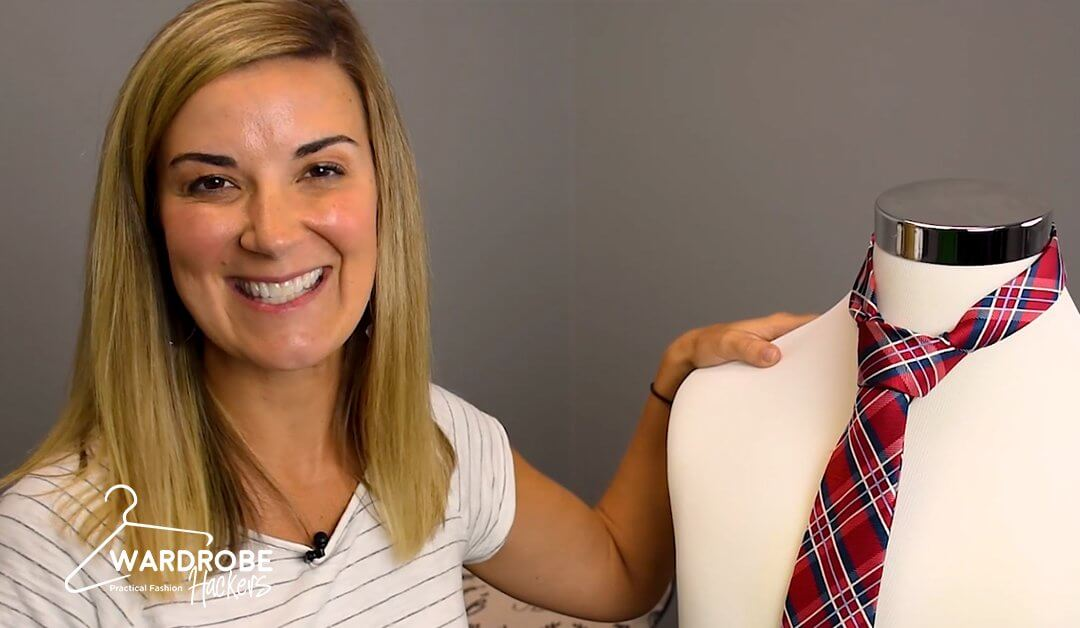 How to Tie a Necktie Using a Full Windsor Knot for Someone Else