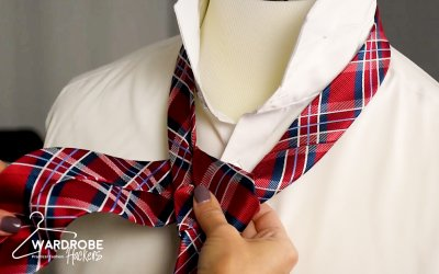 How to Tie a Half Windsor Knot Necktie (Watch Video)