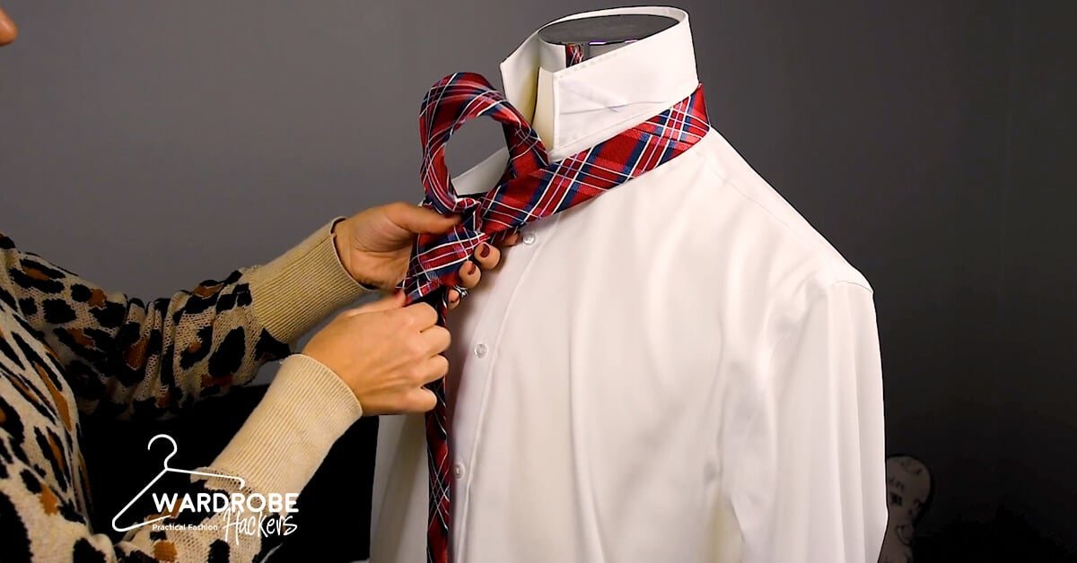 how to tie a simple tie knot or oriental knot