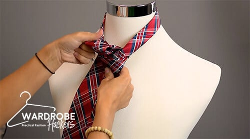 how to tie a full windsor knot step 9
